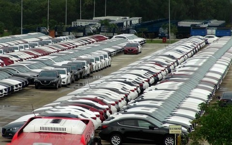 Gov't to smooth way for auto firms