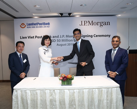 LienVietPostBank and JPMorgan Chase Bank signed US$50 million loan