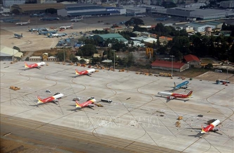 Vietnamese, US firms join hands to develop aviation infrastructure